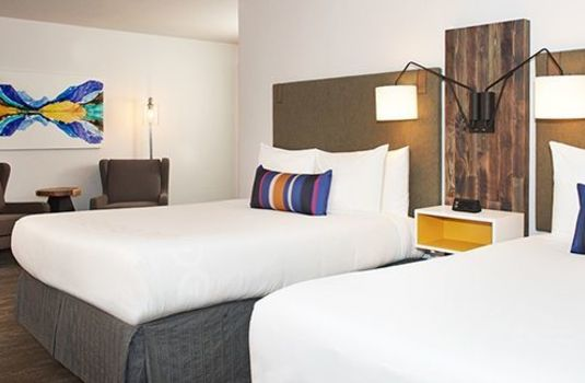 Resort carousel hotel becket twin room rs
