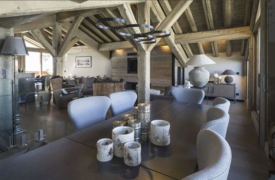 Chalet-La-Colombe-Dining-AreaRS