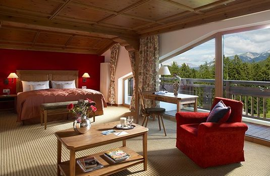 Resort carousel interalpen hotel tyrol bedroom panoramars