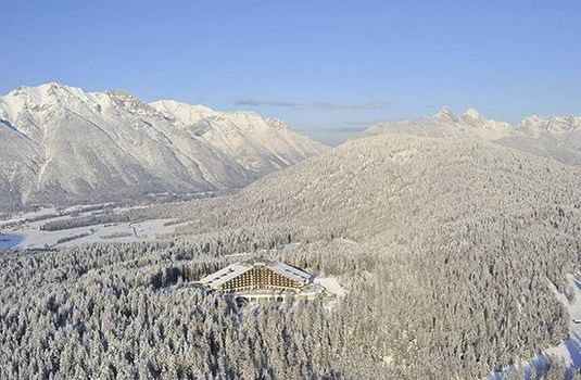 Interalpen-Hotel-Tyrol-PanoramicRS