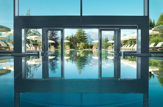Resort carousel interalpen hotel tyrol pool panoramars