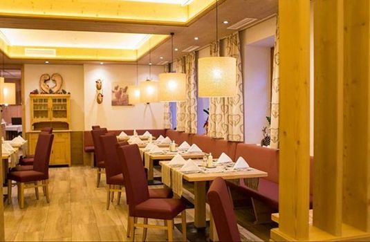 Resort carousel hotel stadt wein dining2rs