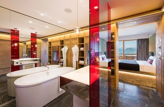 Resort carousel w verbier bathroom