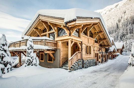 Resort carousel chalet rives d argentiere hamlet exterior2rs