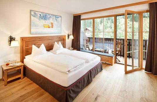 Resort carousel hotel lech twin bedroom
