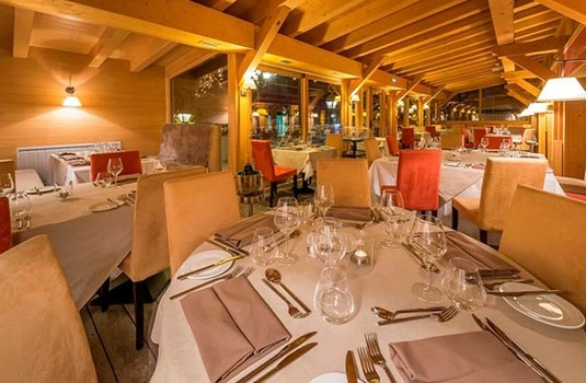 Resort carousel le savoie dining