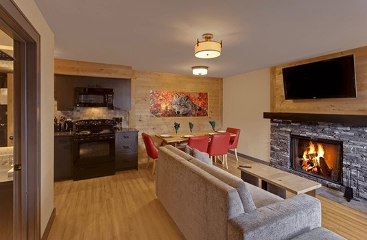 Resort carousel rocky mountain resort two bedroom wolf condo living dining