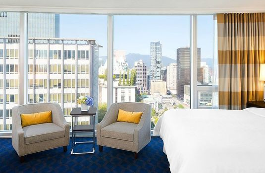 Resort carousel sheraton vancouver wall centre bedroom2rs