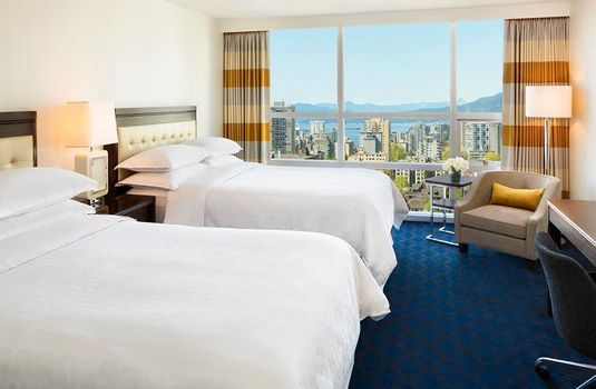 Resort carousel sheraton vancouver wall centre twin doublers