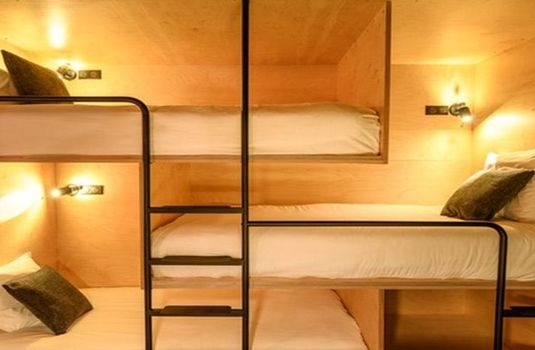 Resort carousel folie douce hotel bunks
