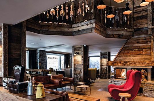 Resort carousel hotel des trois vallees  living area 2