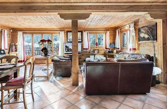Resort carousel chalet praz champion  living room
