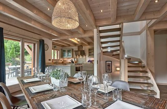Resort carousel chalet aubois stair well