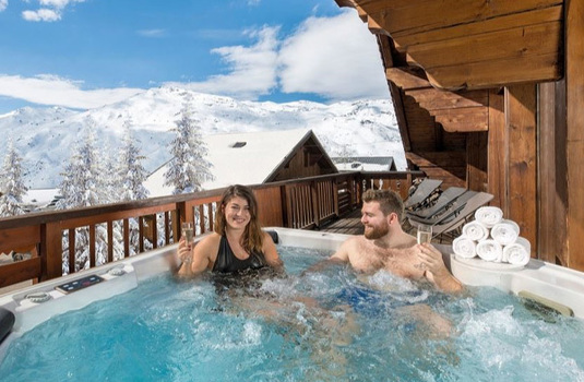 Resort carousel chalet eva hot tub