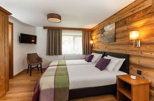 Resort carousel chalet silvretta bed room