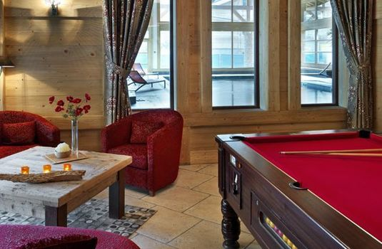 Resort carousel la reine billiards