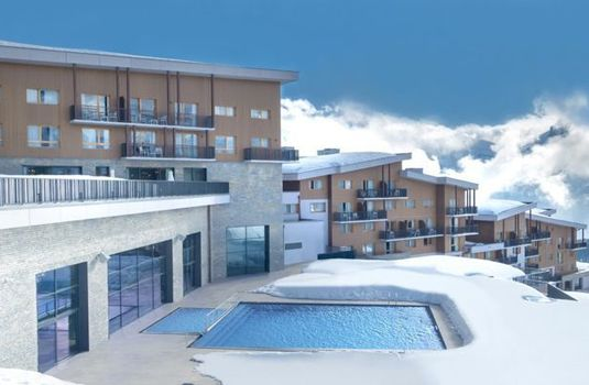 Resort carousel club med samoens pools