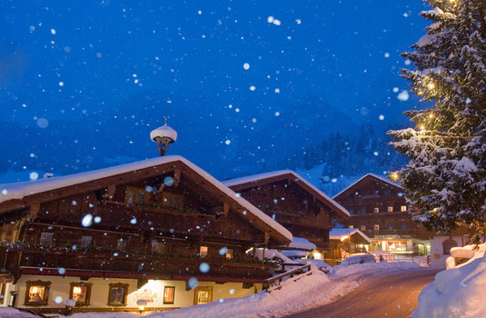Alpbach by night