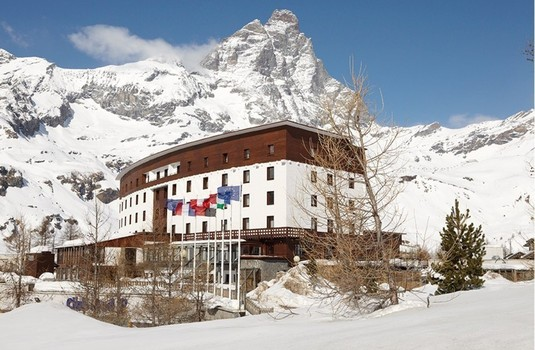 Club Med Cervinia Outside